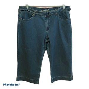 Universal Threads Capri jeans. EUC
